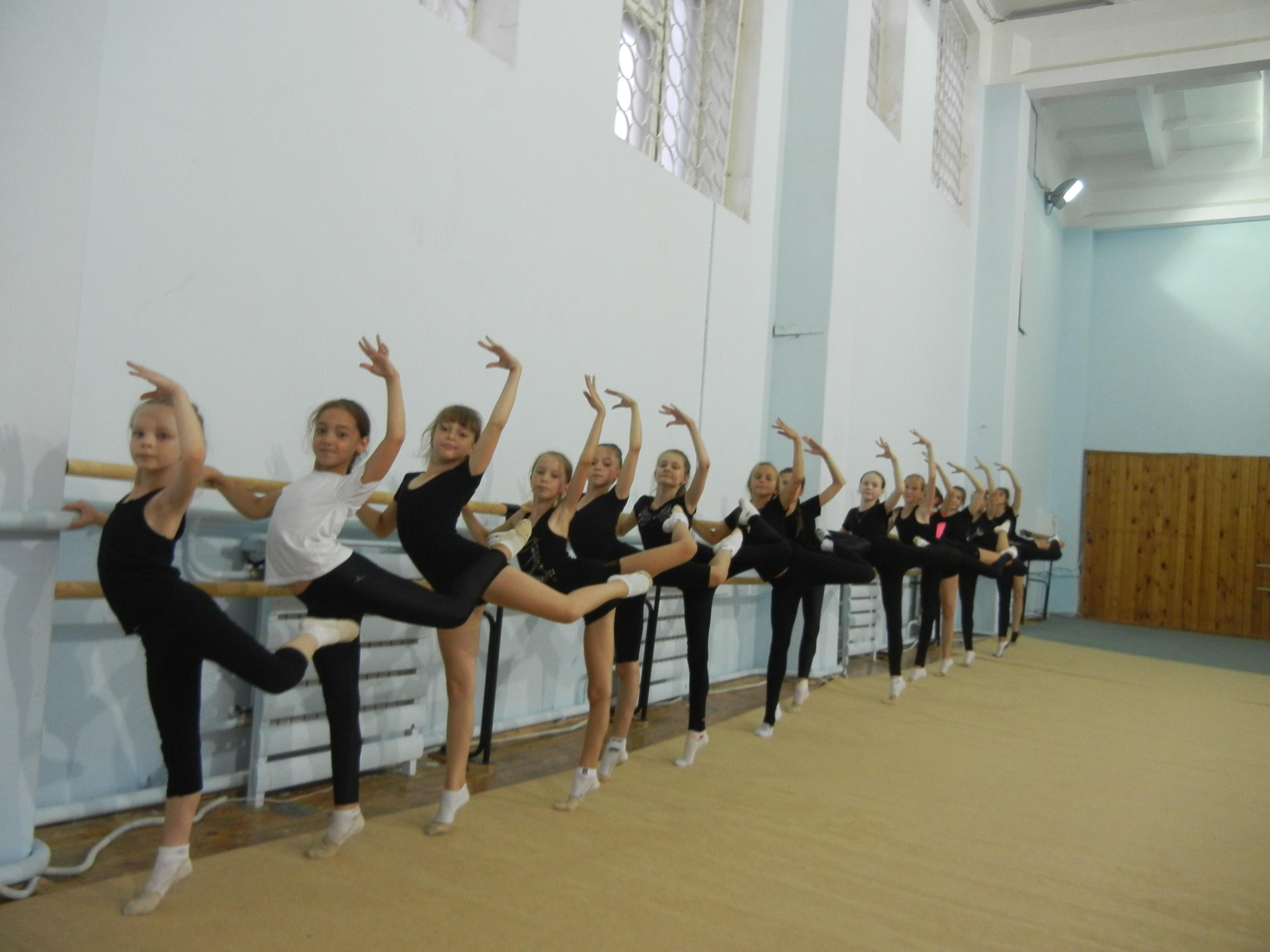 12 августа 2016 года на отделении художественной гимнастике прошли открытые занятия,  посвященные Дню физкультурника.