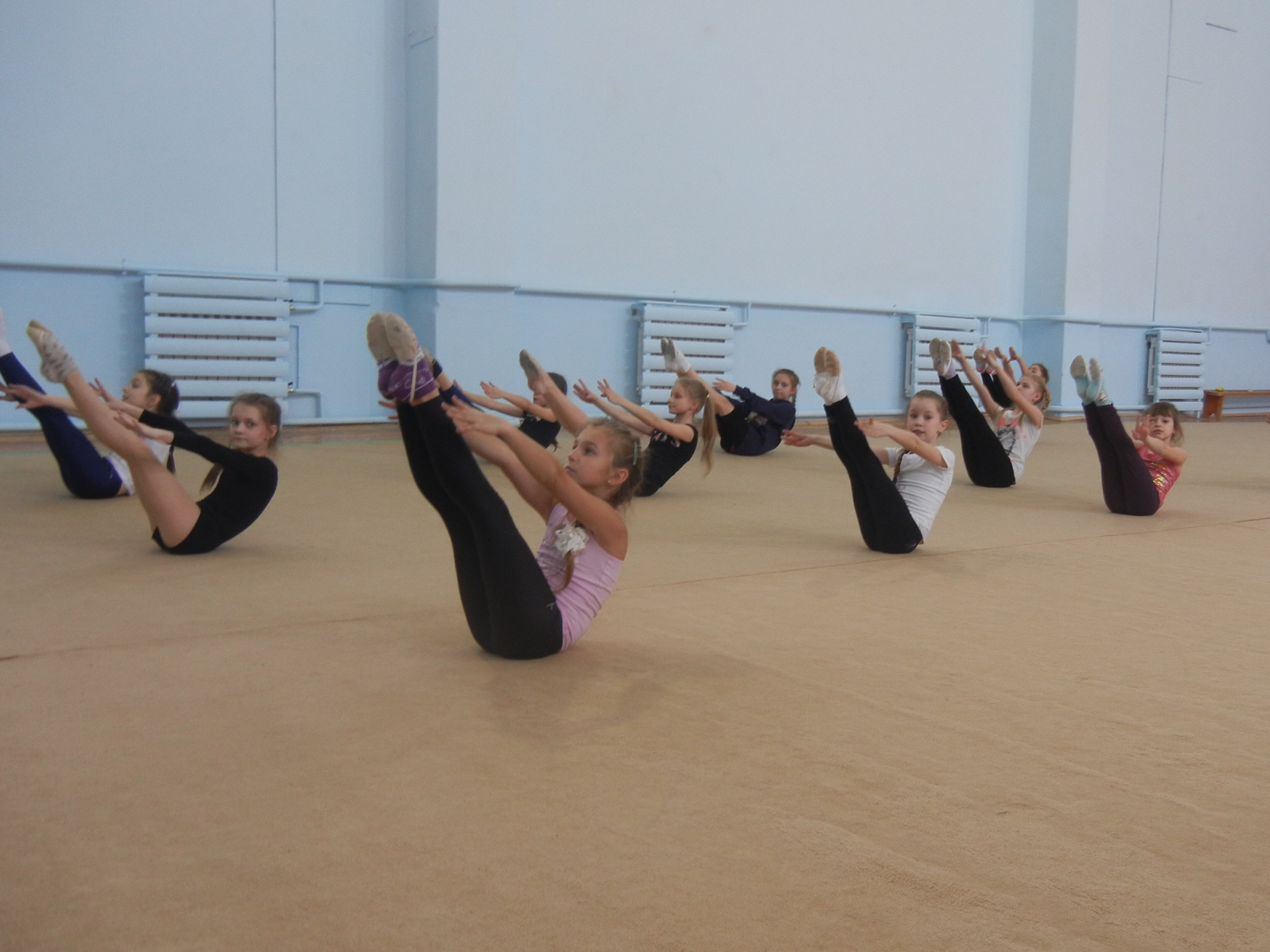 Проведение соревнований по ОФП и СТП на отделении художественной гимнастики с 6 по 16 марта 2017 года