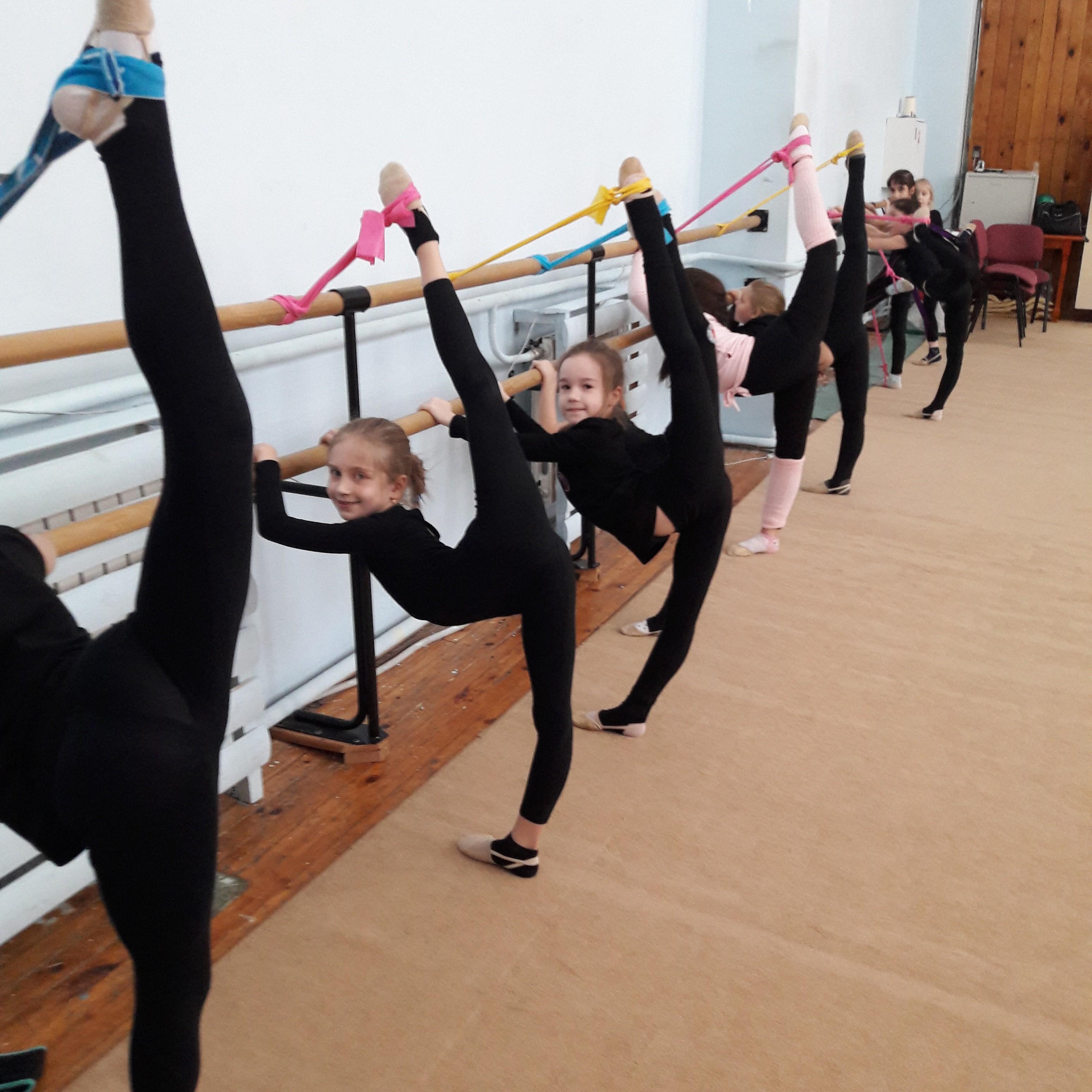 ОТЧЁТ О проведении соревнований по ОФП и СТП на отделении художественной гимнастики с 08 по18 февраля 2018 года