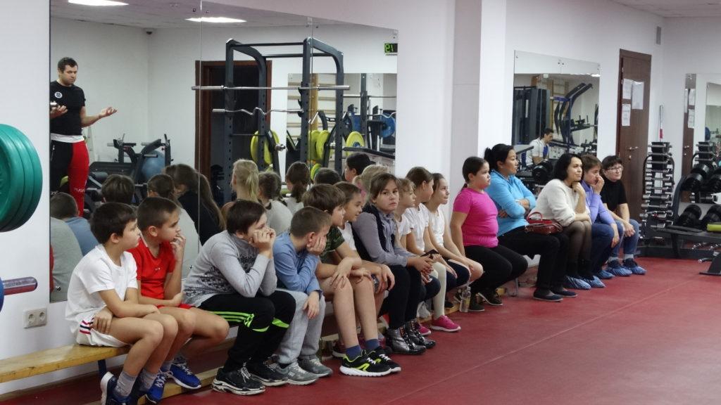 Открытый урок и Мастер-класс отделении гребли на байдарках и каноэ в группах  тренеров Михеев А.Е., Михеева Н.Ю.