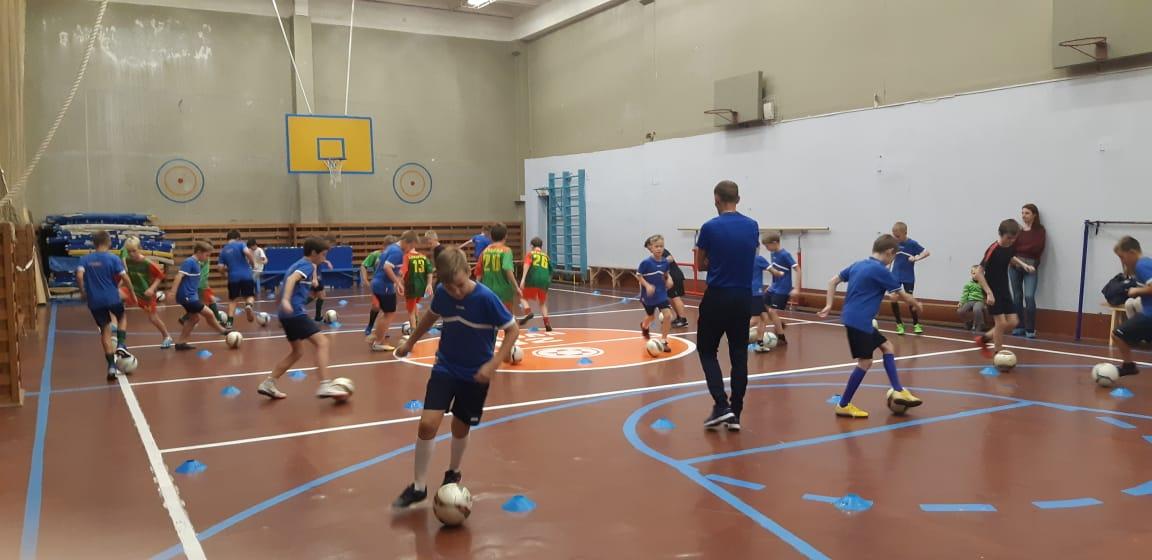 на отделении футбола прошла открытое тренировочное занятие с командой 2009 года рождения
